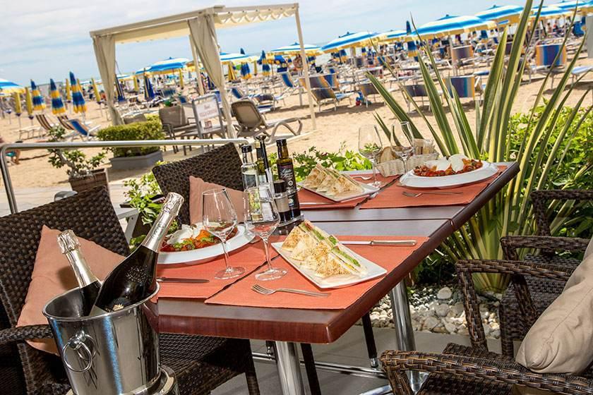 Seafront Hotel Jesolo Hotel Villa Gioiosa Official Site
